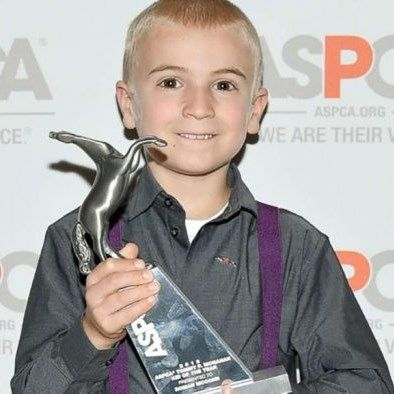 7 Year Old Named 'Kid Of The Year' After Rescuing ..